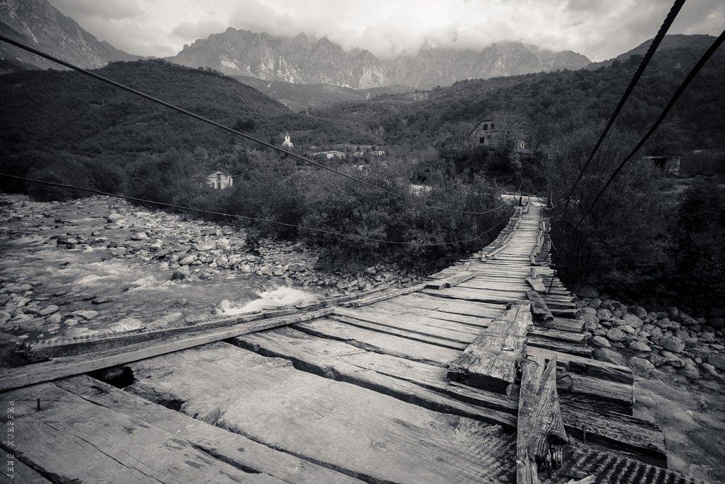 Hängebrücke – Albanien, 2018