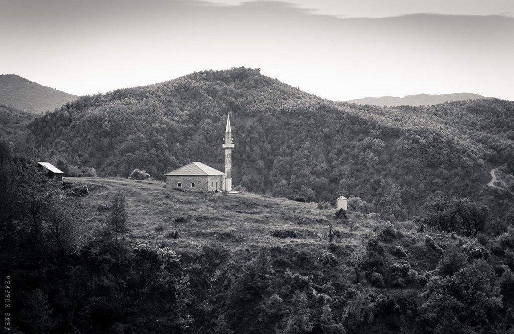 Moschee in den Bergen – Albanien, 2018